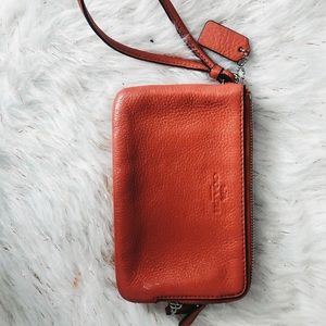 Coach Double Pocket Pink Leather Wallet✨